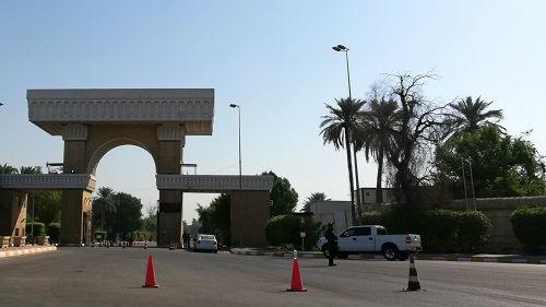 美国驻伊拉克大使馆、空军基地遭炮弹袭击