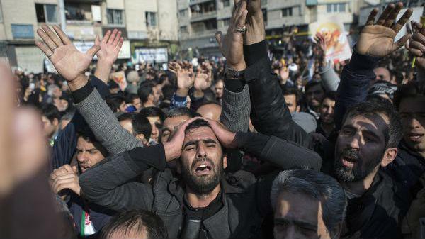 哈梅内伊首次为报复行动定调:由伊朗军队自己公开执行_德国新闻_德国中文网