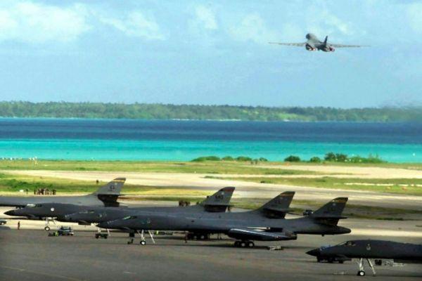 B-1B Diego Garcia 2001