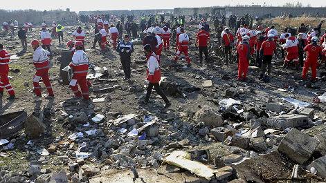 美媒:新视频还原乌客机坠毁全过程 23秒内被两枚导弹击中_德国新闻_德国中文网