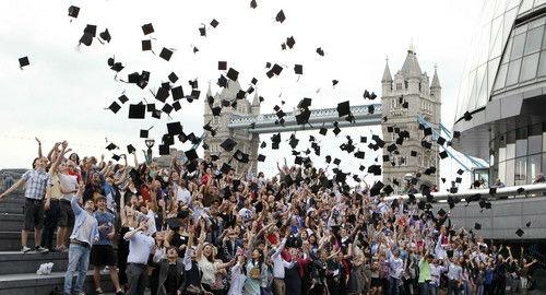 英媒:最新数据显示2019年中国赴英留学生数量大增