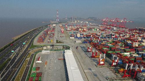 """IMF上调中国经济增长预期 外媒:中美贸易协议""""利好"""""""
