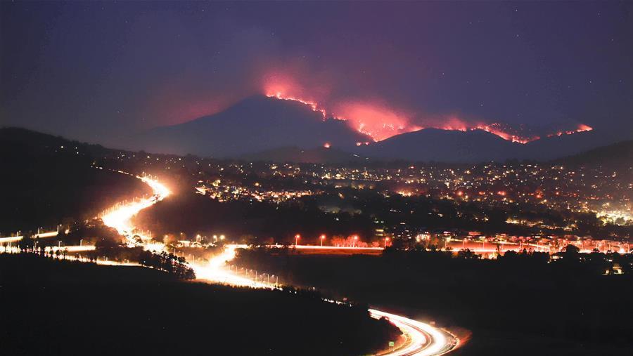 澳大利亚首都地区因林火风险进入紧急状态