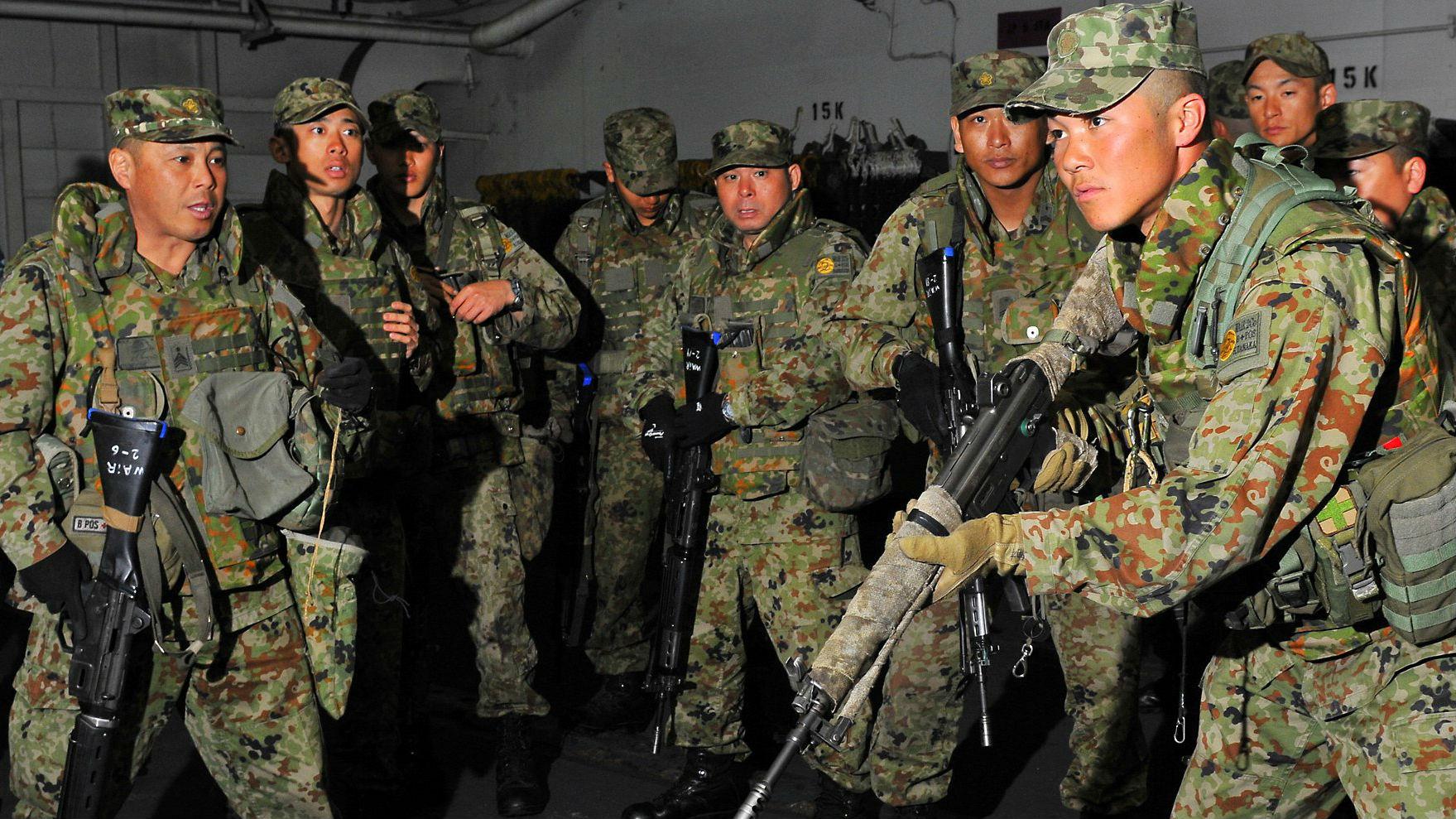 """""""最佳部署地""""冲绳困难多 日""""水陆机动团""""或驻扎北海道"""