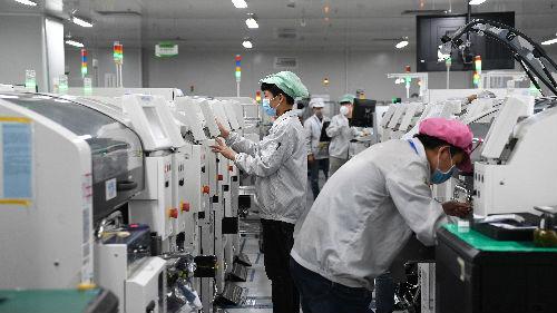 境外媒体综述:中国抗疫之战迎来复工大考