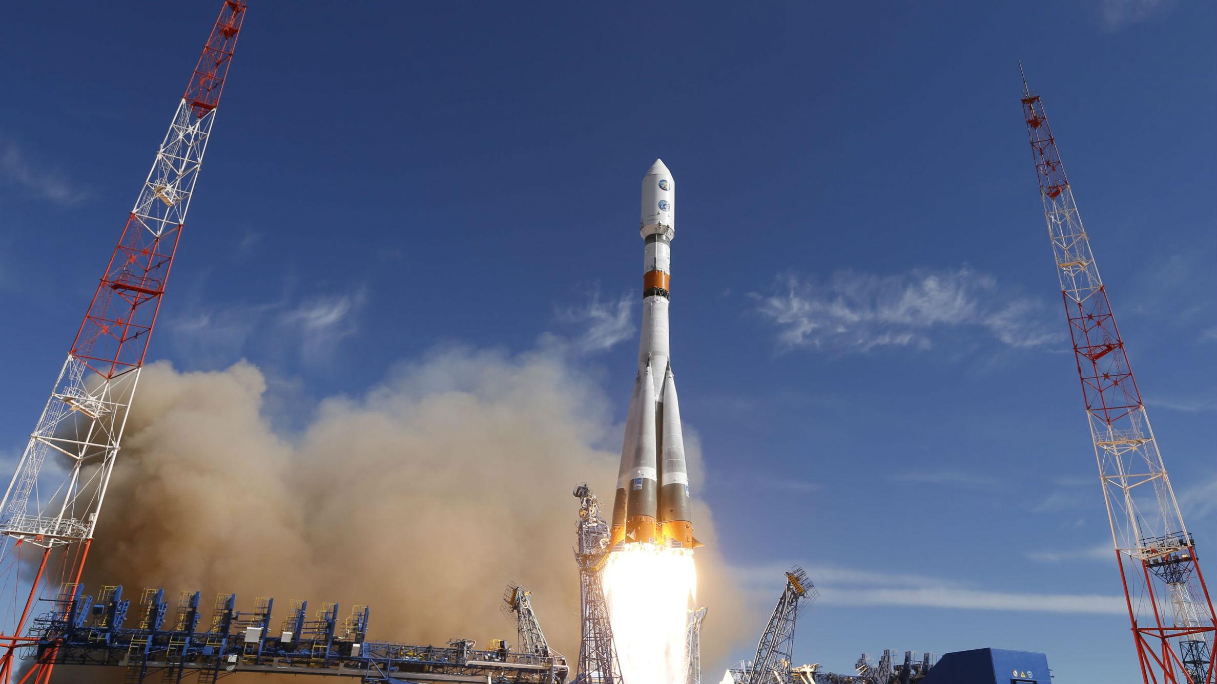 美上将称俄航天器跟踪美间谍卫星 美媒:太空或成美俄新战场