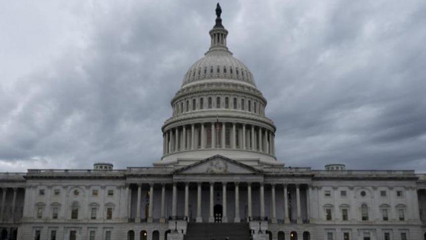 美参议院通过议案限制总统对伊朗动武