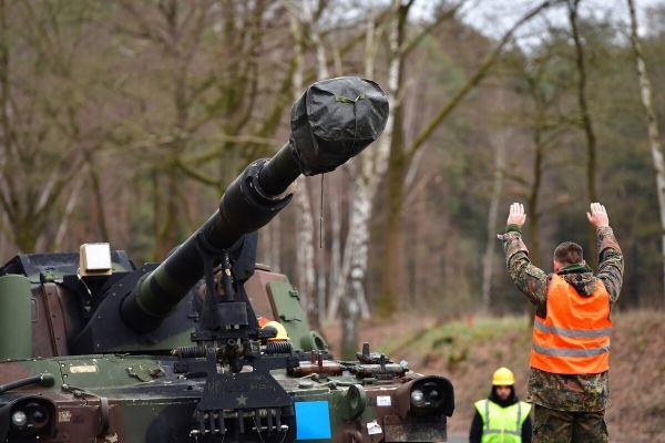 对俄担忧 对美怀疑?欧洲国家增加防务开支
