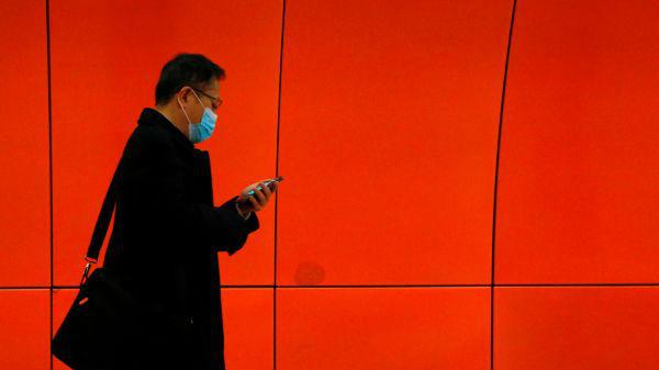 如何利用大数据减少疫情期间公众恐慌?香港是这么做的——