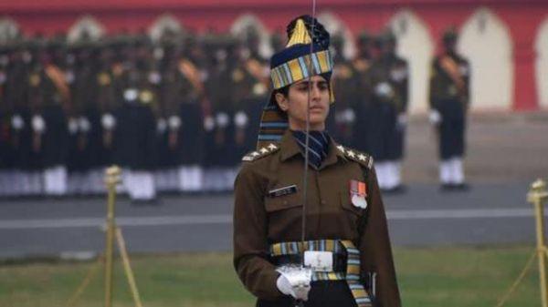 驳斥父权观念刻板印象 印度女军官获准长期服役