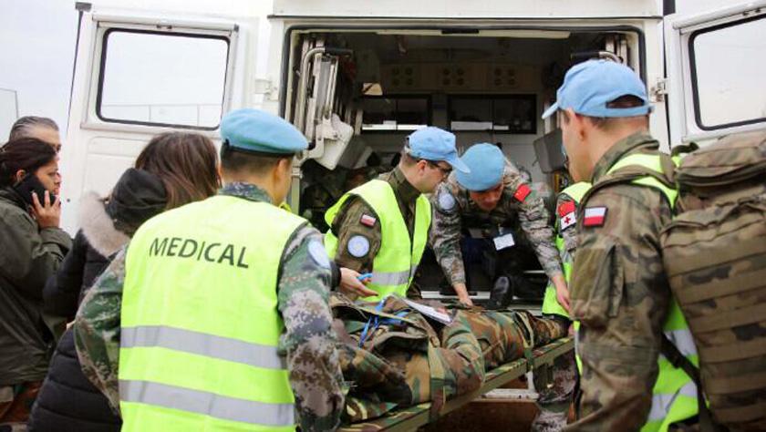 中国赴黎维和部队首次参加联黎部队航空救援演习