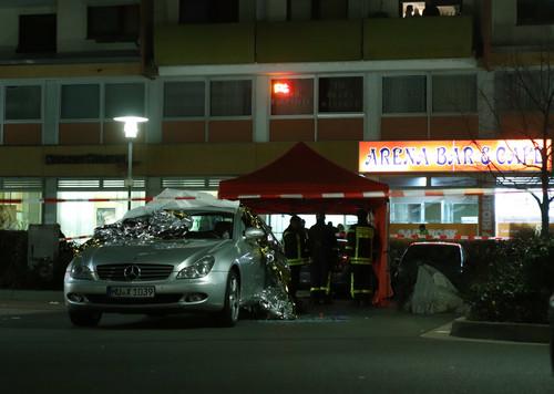 外媒:德国哈瑙枪击事件致至少8人死亡 多名凶手在逃