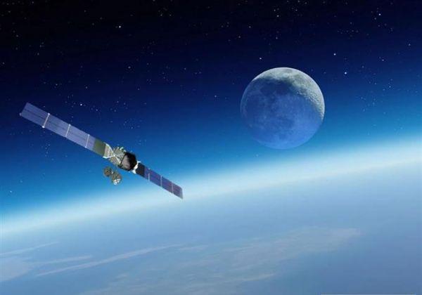 """日媒:日本拟扩充情报卫星数量 以追踪""""可疑船只"""""""