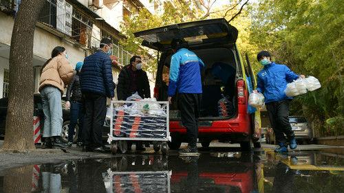 俄媒看疫情之下武汉的日常生活:在疫情风暴眼,生活没有停止