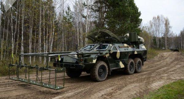 """洲际导弹""""开路先锋""""!俄军将在阅兵式展示遥控扫雷车"""