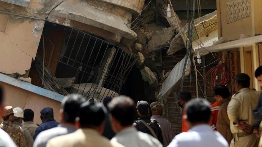 巴基斯坦居民楼倒塌事故死亡人数升至18人