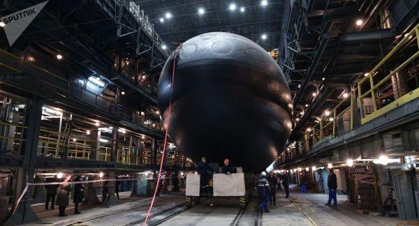 """俄海军将领:俄军所有核潜艇都能""""破冰上浮"""""""