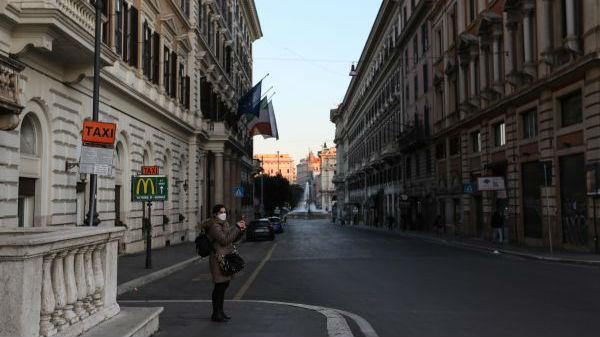 境外媒体观察:疫情击碎意大利人日常生活