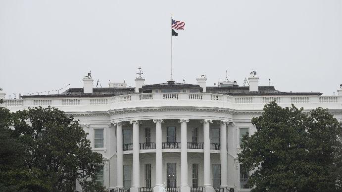 美国紧急应变计划被媒体曝光:若疫情失控军方接管政府