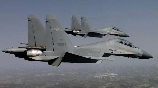 """港媒关注中国军机将采用""""低可视""""涂装 有助于应对实战"""