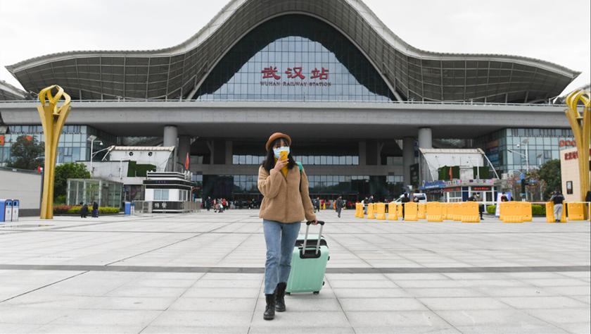 武汉站重启日:1.2万名湖北乡亲坐高铁回家
