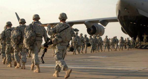 """加速撤出?以美军为首的""""国际联军""""从多座伊拉克军事基地撤离"""