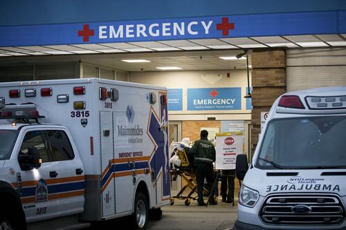 特朗普指责美医院囤积呼吸机 要求将不用的设备释放出来