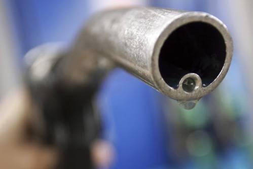 美原油期货价格暴跌 今年跌幅已超过66%