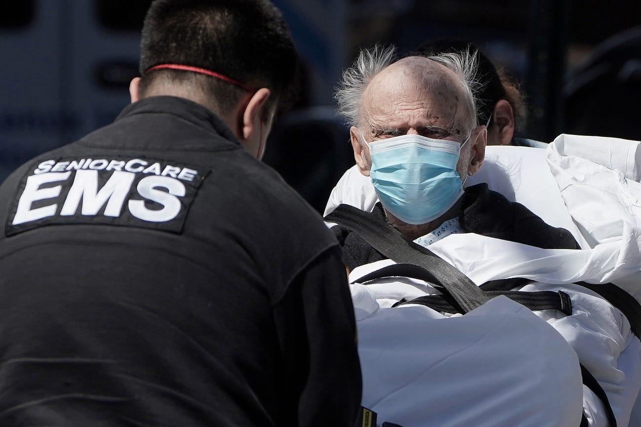 美媒:无休止的警报声在纽约上空回荡 疫情令911求助系统不堪重负