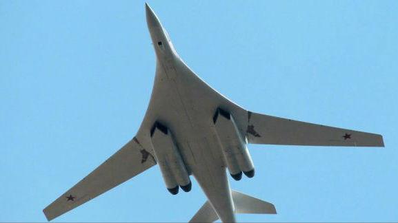 """""""仅用两根手指就能操纵""""  图-160M轰炸机灵活易操纵"""
