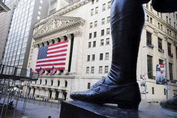全球股市一季度惨淡收官 道指创1987年以来最大跌幅