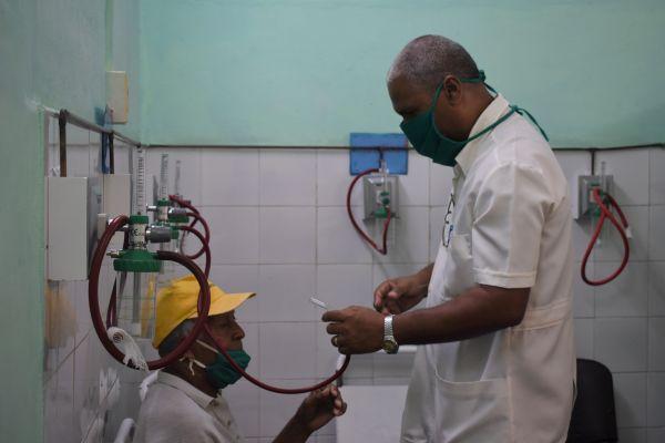 """外媒:古巴派医疗队驰援意大利和安道尔 美国称之为""""侮辱"""""""