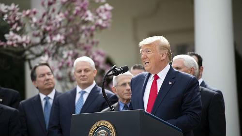 """美媒:为转移国内批评 白宫找了一大批""""替罪羊"""""""
