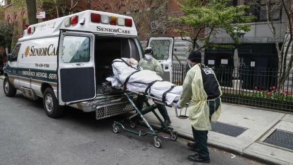 """美媒称新冠病毒在纽约养老院无情肆虐:""""每个死亡病例都令人心碎"""""""