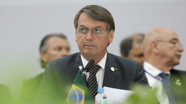 将新冠视同感冒 外媒称巴西总统消极抗疫陷入政治孤立
