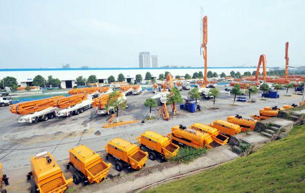 英媒:建筑项目复工机械销量陡增 中国经济复苏迹象明显