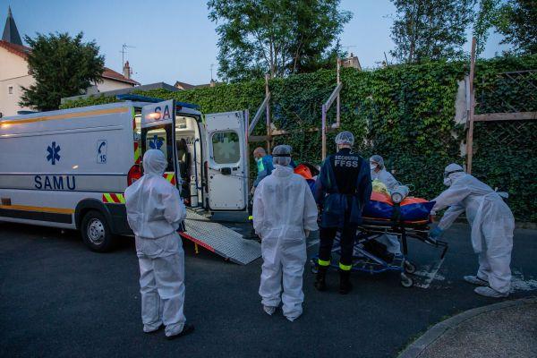外媒:法国医院复检样本 发现去年12月当地已出现新冠病例