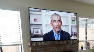 """德媒:与特朗普在推特上展开""""一词决斗"""" 奥巴马明显赢了"""