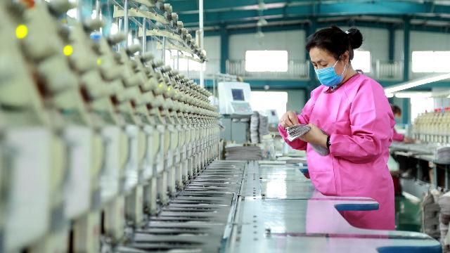 世界看中国脱贫 | 新加坡专家:中国脱贫有助改善全球治理