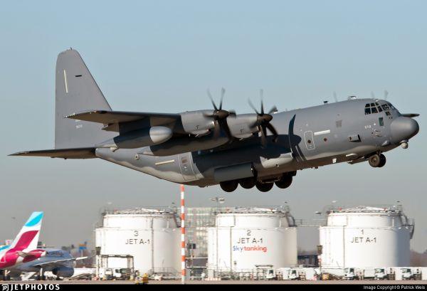 美空军MC-130J特种作战飞机(美国雅虎新闻网站)