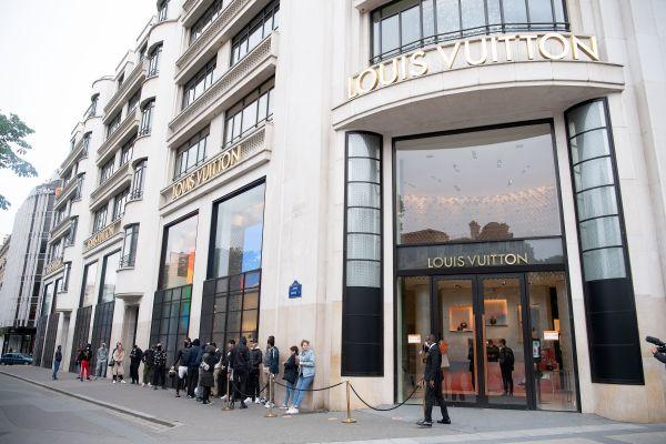 外媒:疫情重击欧洲奢侈品行业