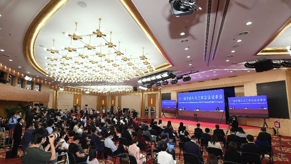 美媒述评:中国着眼长远追求高质量发展