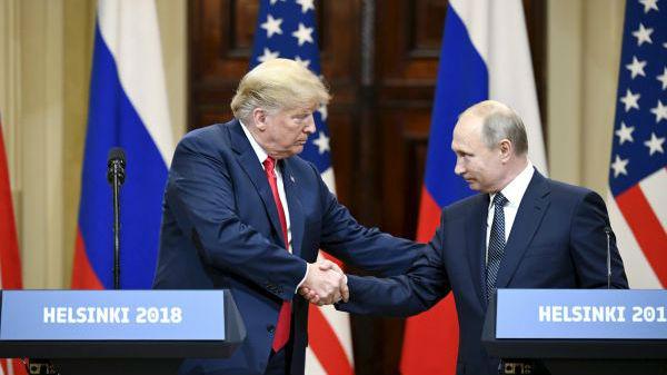 """特朗普为G7峰会邀普京辩解:没他参加的会议""""很浪费时间"""""""