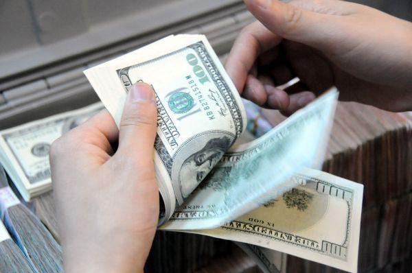 专家认为:美元未来可能一路暴跌