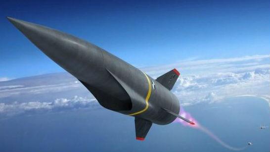 美军最新高超音速导弹测试时意外脱离B-52载机 已被迫销毁