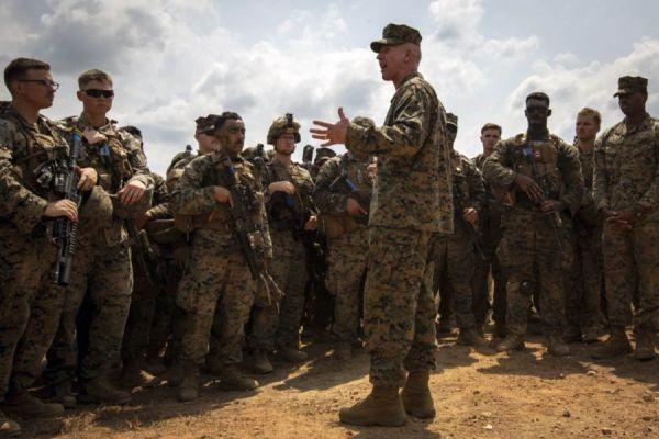 资料图片:驻日美军军人