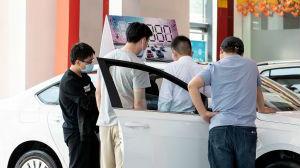 中国汽车销量重现两位数增长