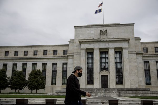 美联储推新一轮救助方案:直接购买企业债 向中小企业贷款