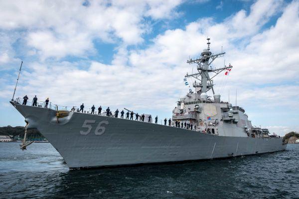 """三年前""""致命撞船""""第二舰 美海军""""麦凯恩""""号即将再度服役"""