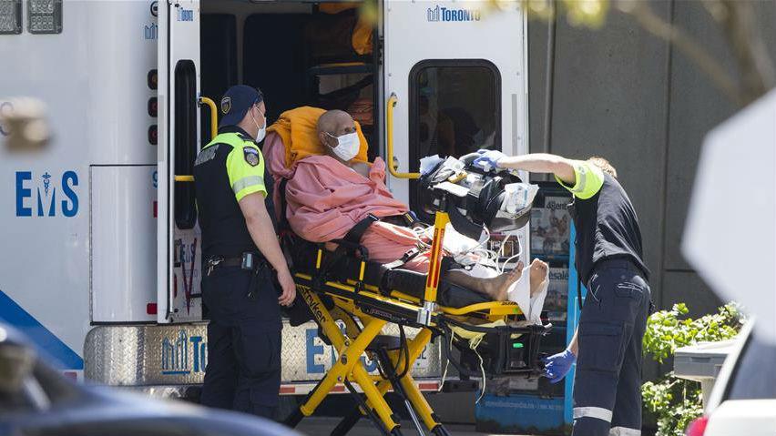 加拿大累计新冠确诊病例数过十万